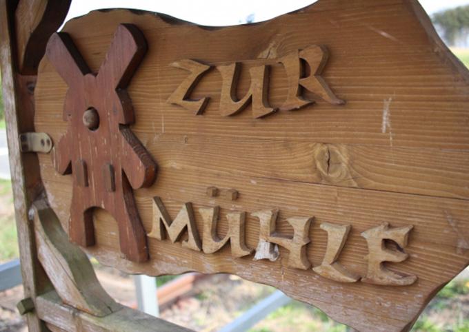 切り文字-木製
